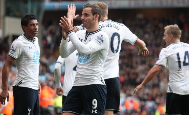 Sherwood: Spurs board wanted me to play Soldado ahead of Kane