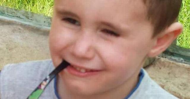 Este menino queixa-se de dores nos ouvidos e morre dois dias depois.