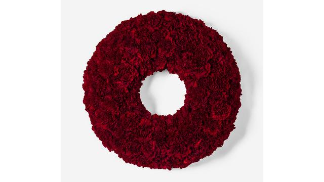 Five bold rings: the best Christmas wreaths