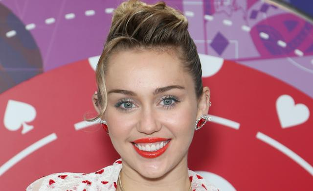 This stunning photo of Miley Cyrus threatens to break the internet: 'Love the outfit'