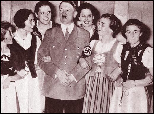 Are Mussolini S Kids Still Alive