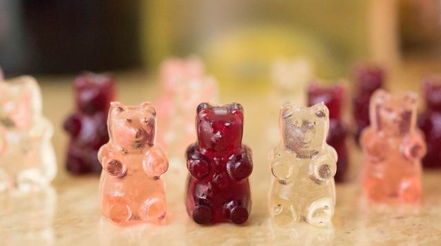 bc46dabb2a70 Wine Gummy Bears 15 Unique Ways To Jazz Up The Next Bridal Shower You re  Hosting