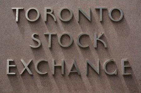 TSX slips as miners weigh; energy stocks and CIBC shine