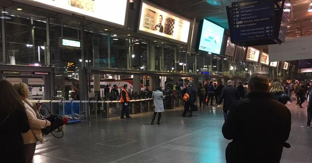 WTF!!! Person dies after being electrocuted at Manchester Piccadilly train station - updates