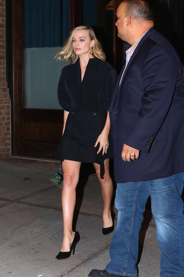 Margot Robbie heading to a premiere event in NY