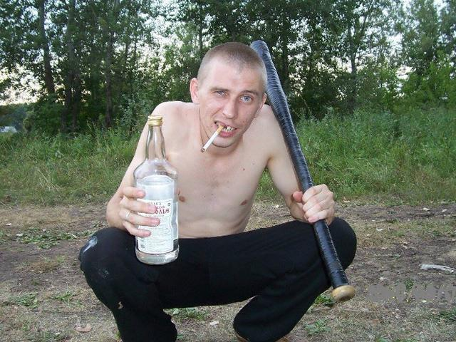 The Most Awkward Squatting Slavs You Will See