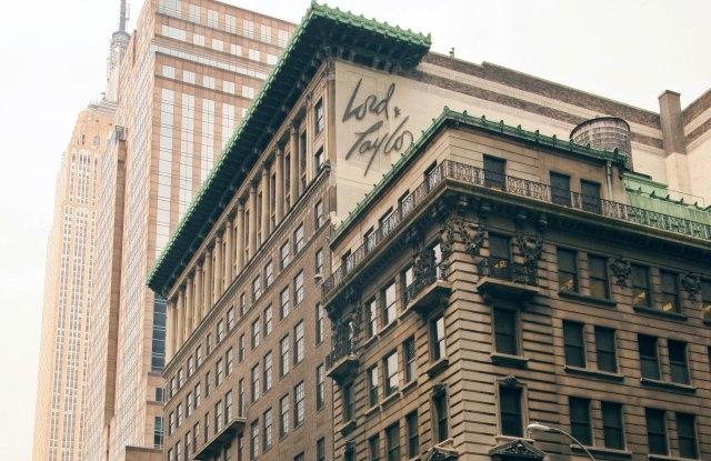 Hudson's Bay and Land & Buildings Reach Settlement