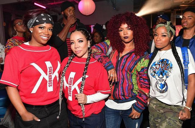 Pregnant Toya Turns Up With 90's House Party Themed Birthday