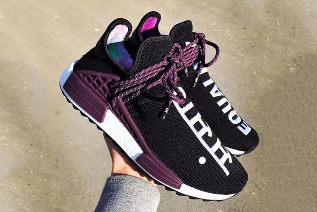 "2c0e3d6d3fa6c First Look at the Pharrell x adidas NMD Hu ""Deepest Purple"" 国际 蛋蛋赞"