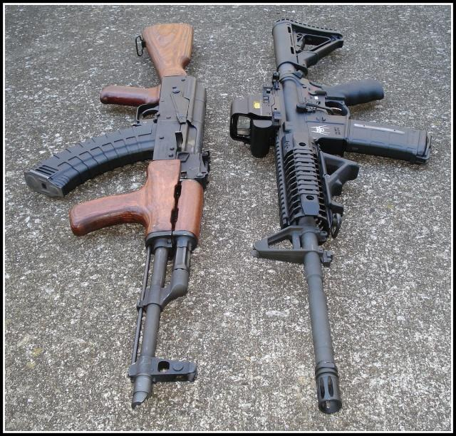 M16 vs AK-47 Which one is better?_国际_蛋蛋赞