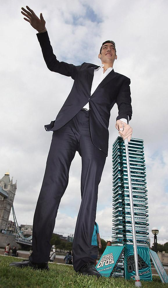 tall man Shop men's tall at eddie bauer 100% satisfaction guaranteed since 1920.