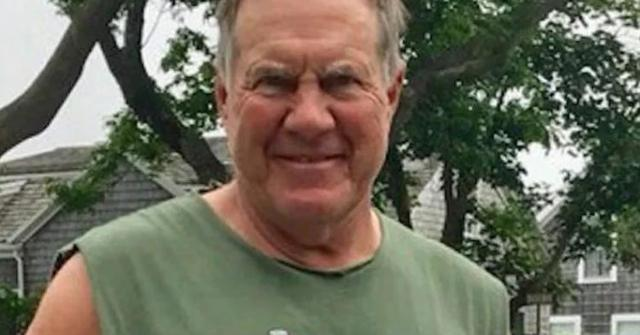 0eb1dd01f3428 Bill Belichick Wore A Shirt That s Causing Controversy
