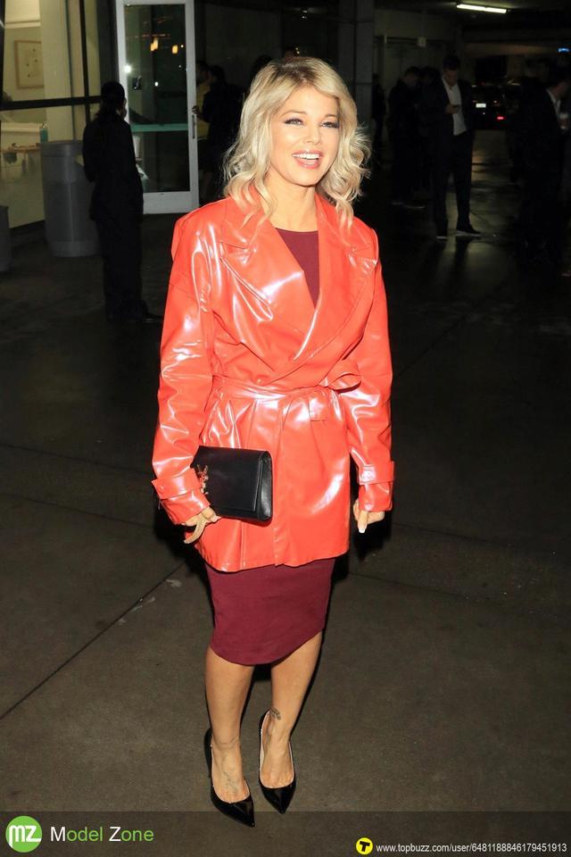 Donna D'errico - ''Bachelor Lions'' Premiere Los Angeles