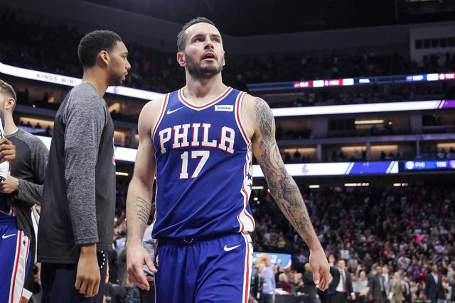 Sixers amp apos  JJ Redick out indefinitely with left leg injury  ... 8f7ce26cc