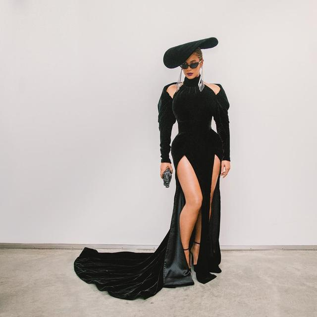 All About Beyoncé s Black Panther Style Tribute at the Grammy Awards ... 1576715c4d1