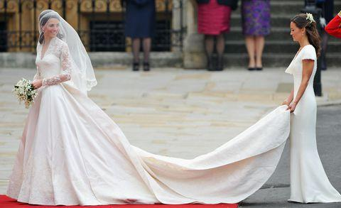 How Much Do Wedding Dresses Cost | How Much Does Meghan Markle X27 S Wedding Dress Cost 国际 蛋蛋赞