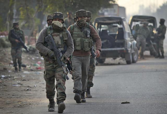 2 soldiers killed in attack on army camp in Indian Kashmir