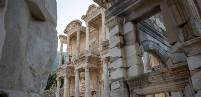 Scientists Discover The Secret Behind The Gates Of Hell Used By Romans In Turkey's Ancient City of Hierapolis
