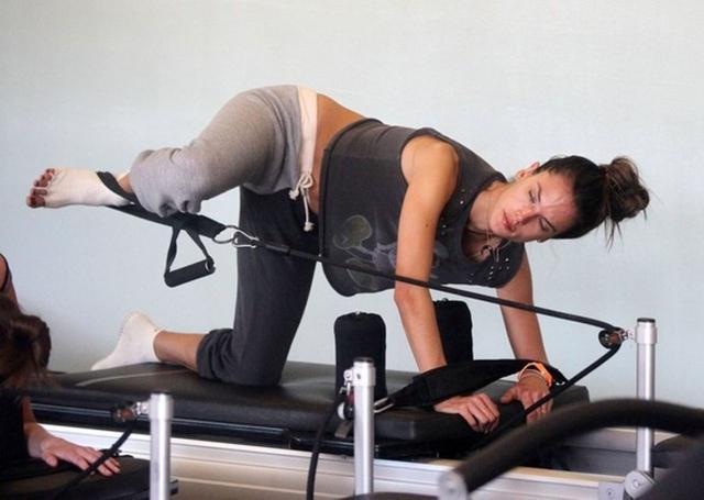 Alessandra Ambrosio at Pilates Class
