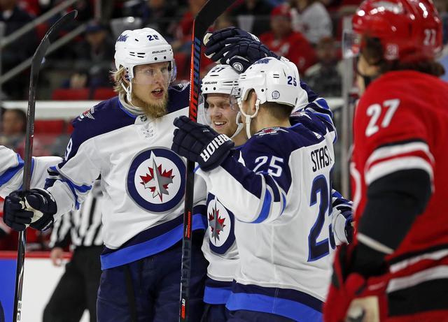 Ovechkin vs. Laine vs. Malkin: NHL stars race to 50 goals
