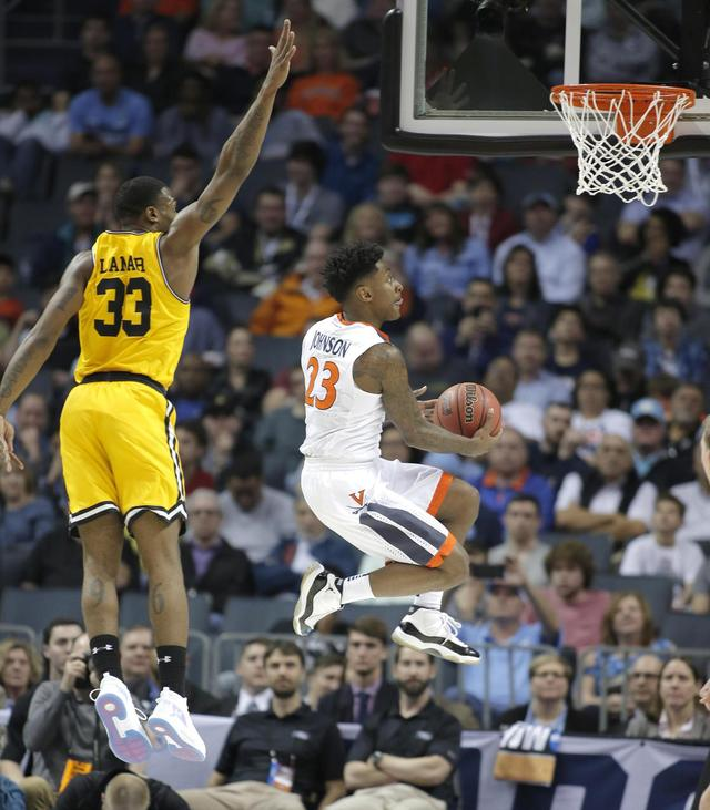 No. 16 UMBC stuns No. 1 Virginia 74-54 to make NCAA history 国际 蛋蛋赞 0cad3b18f