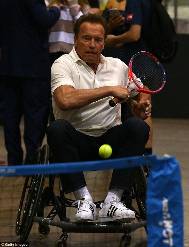 Arnold Schwarzenegger versus wheelchair tennis champion