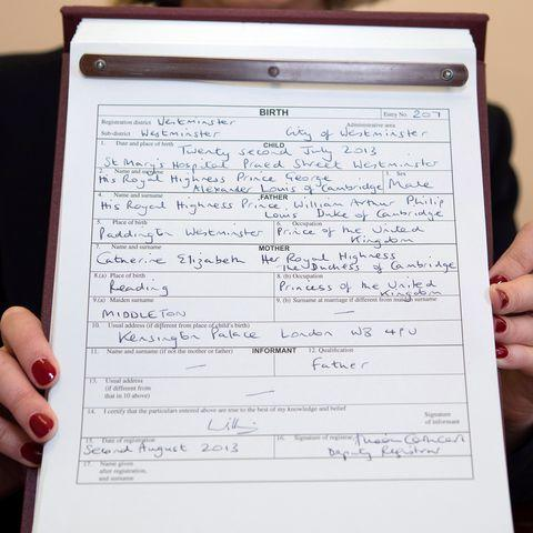 How Prince Louis\'s Birth Certificate Compares to Prince George and ...