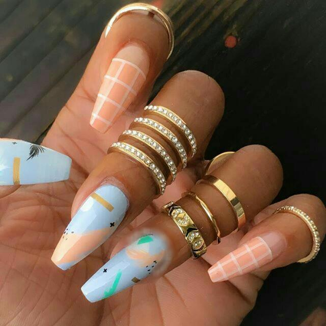 The Best Idea Of 2018 For The Design Of Nails Is The Striped