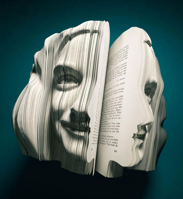 10 of the Mind-Blowingly Best Book Sculptures