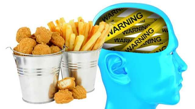 the bad effects of junk food Junk food is the name given to the food that maintains a low in nutrition and a high in the amounts of harmful ingredients most of us are aware of the ill effects of the junk food yet fail to get over the habit of consuming junk food.