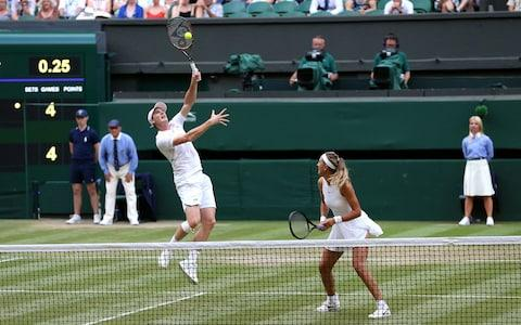 Jamie Murray and Victoria Azarenka pull off another comeback to continue doubles journey
