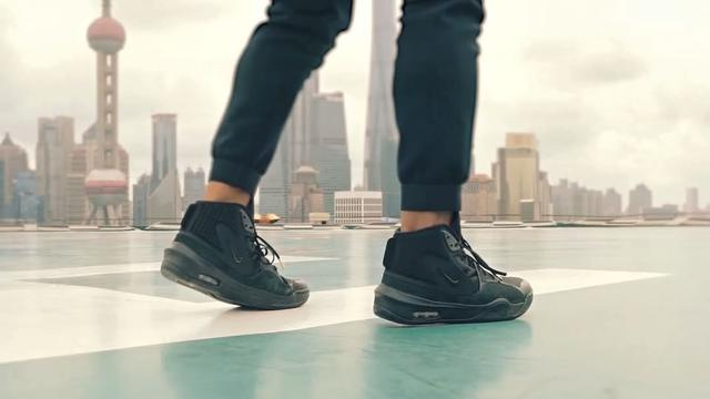 42604b6ab Russell Wilson's First Nike Sneaker Is Designed to Go Anywhere From ...