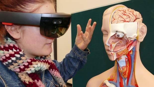A virtual reality learning first for SIT nursing students at ...