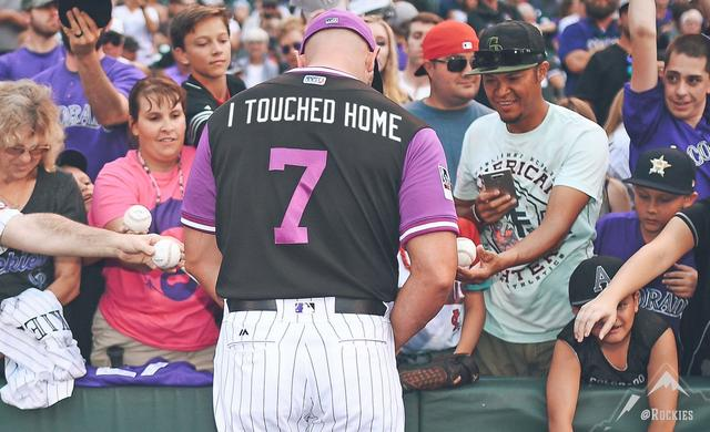 4102eaa9b4d Matt Holliday Re-Sparks 2007 Wild Card Game Debate With Players ...