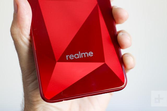 Hateful software kills our enthusiasm for newcomer Realme's $155