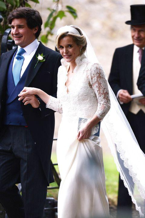 181c8c1a07 Kate Middleton's BFF Wore a Wedding Dress That Looked a LOT Like Hers