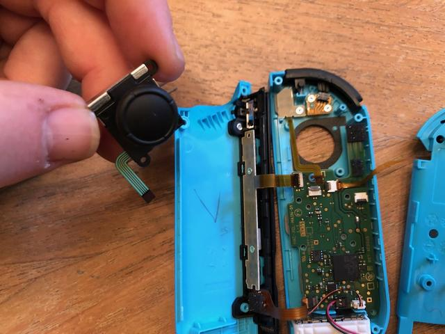 How to replace the joystick on your Switch Joy-Cons