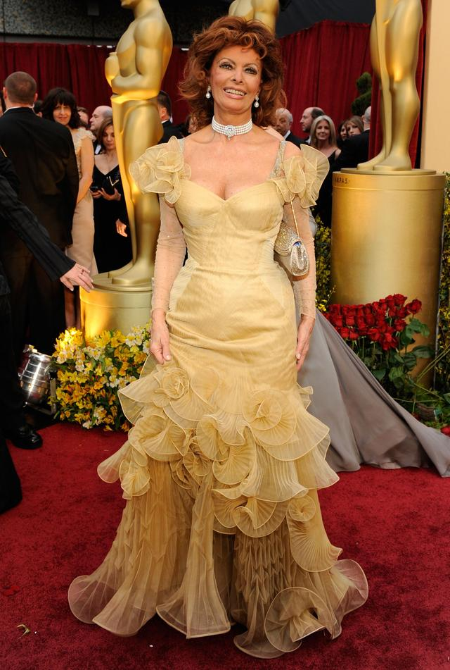 The Worst Oscar Dresses Of All Time国际蛋蛋赞