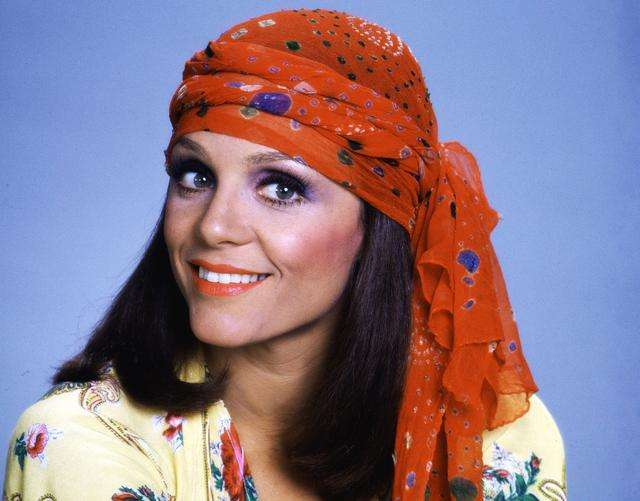 """Valerie Harper, Star Of """"The Mary Tyler Moore Show"""" & """"Rhoda,"""" Dead At 80"""