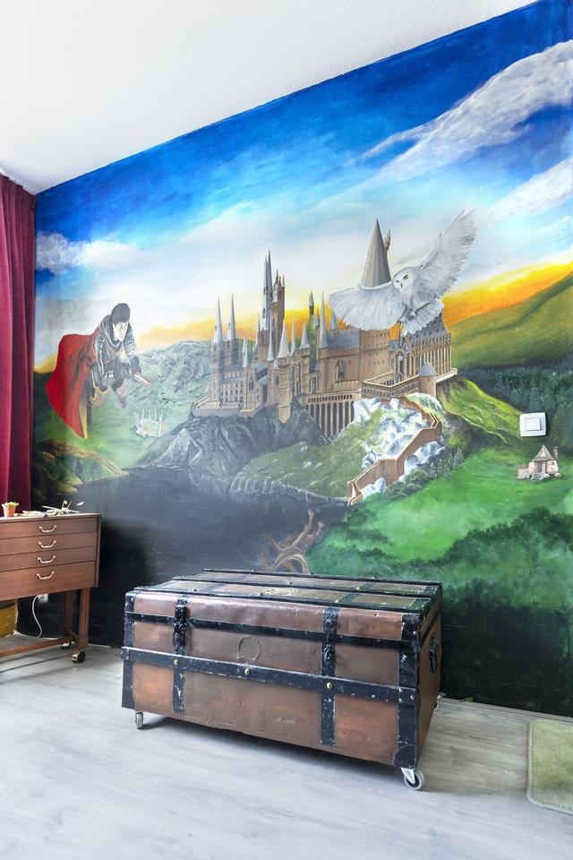 I Turned My Daughter's Bedroom Into A Hogwarts Paradise