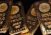 Gold Price Rises as Turkey Promises to Save Financial Crisis Amid Lira Collapse