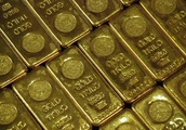 Gold Prices Hit 17-month Low, Nearing $1,200