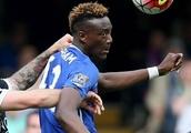 Chelsea loanee Abraham scores in Aston Villa win