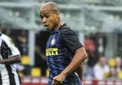 Joao Mario accepts whistles of Inter Milan fans