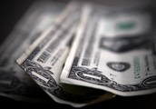 Forex- Dollar Recovers from U.S.-China Trade Feud Risk Aversion
