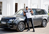 Anthony Joshua's £200k Range Rover is stolen by a very brave thief as he trains for world heavy