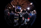 San Antonio Spurs: Manu Ginobili announces his retirement