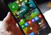 Chime in: Should the rumored Andromeda UI look like Windows 10 Mobile?