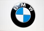 BMW says May sales of BMW, Mini vehicles dip due to China tariffs
