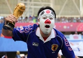 Japanese fans clean up stadium after World Cup victory and inspire other nations to follow suit